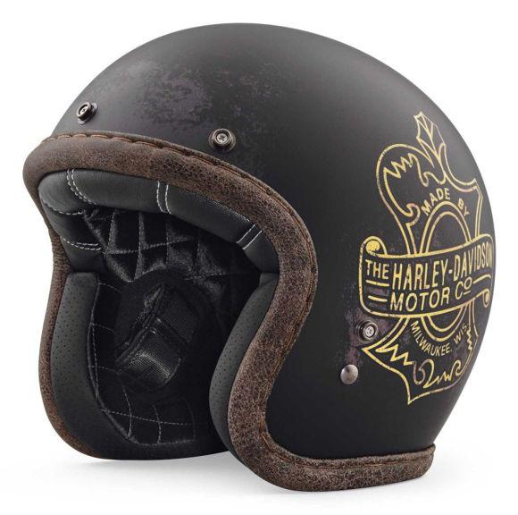 Front view of bootleggers pass 34 helmet